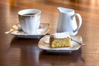 Come for Coffee - and cake too!